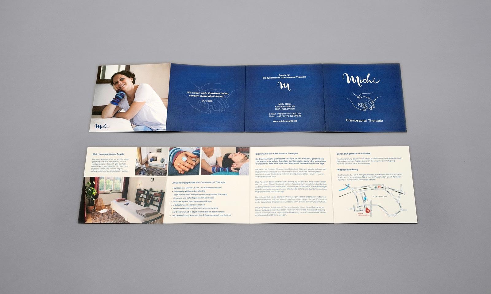 Michi, Broschüre, Geschäftsausstattung, Corporate Design, Vorder- und Rückseite, ausgeklappt