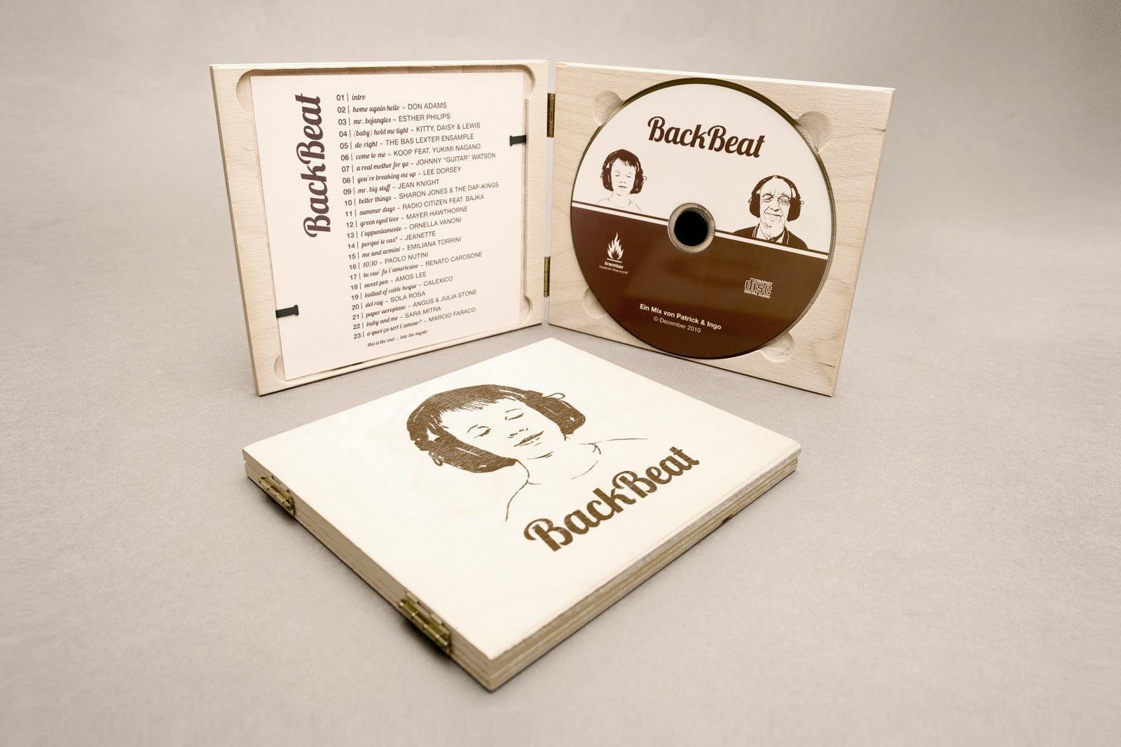 BackBeat, Musik Compilation, Booklet, CD-Label, CD Cover, CD Holzhülle, Illustration, Cover Artwork, Perspektive